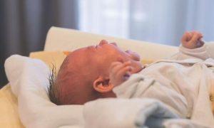 bebeklerde-gaz-sancisi-neden-artar